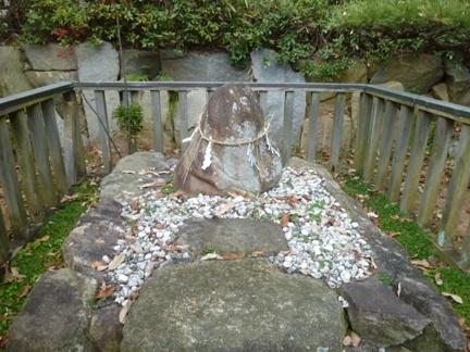 上地八幡宮13.JPG