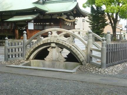 堤治神社10.JPG