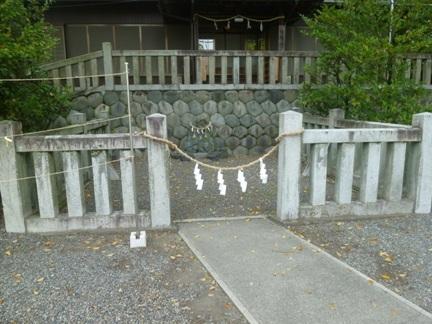 堤治神社11.JPG