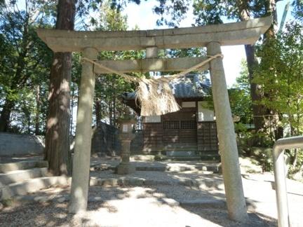 稲前神社15.JPG